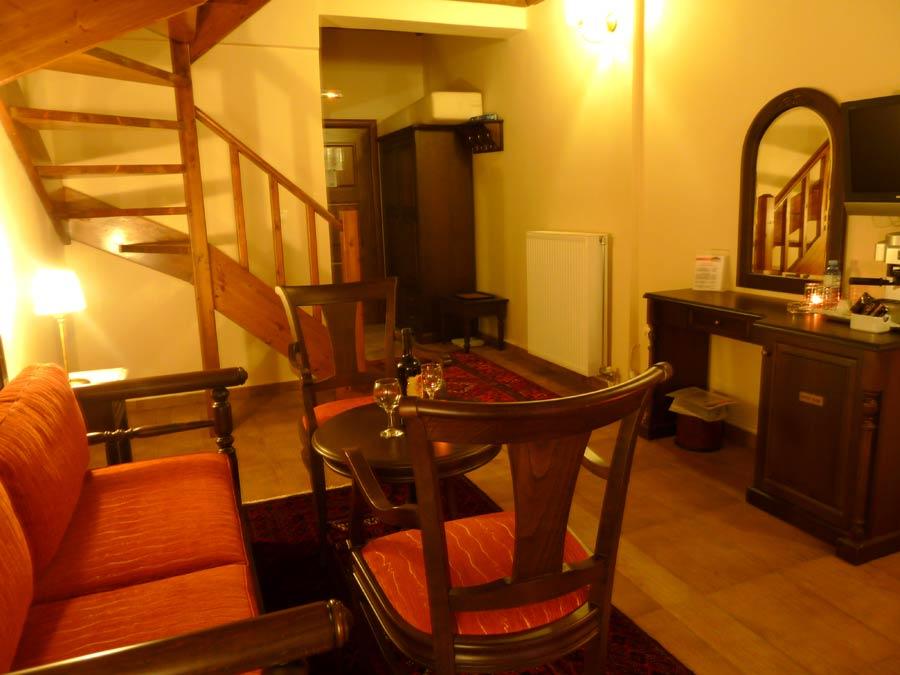 Ξενοδοχείο Ηλιοβασίλεμα Τρίκαλα Κορινθίας